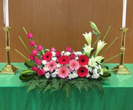 altar table arrangement