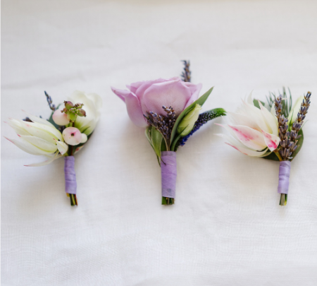 Simple Flower Boutonnieres